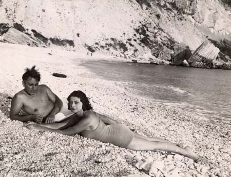 H. Tomasi et O. Camp Plage de Cassis - 1941