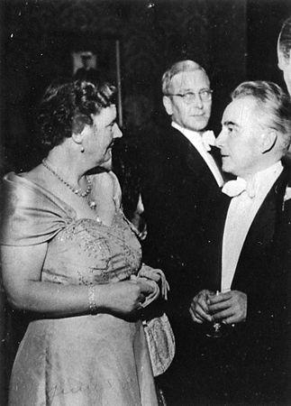 Avec la Reine Juliana - Holland Festival - 1953 (Festival Falla)