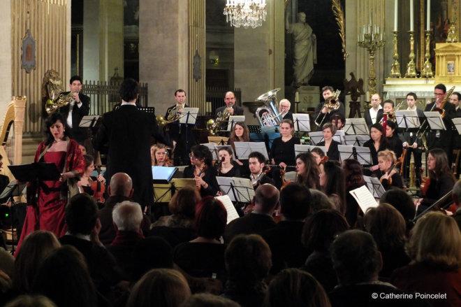 Orchestre-de-Lutetia-Procession-nocturne